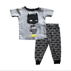 ⭐️ 2T Batman Pajama Set